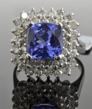 2.80 ct Tanzanite & Diamond Ring AV: $9,940