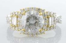 Diamond Ring (2.01 ct CENTER)