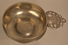18TH CENT. - EARLY 19TH CENT. N.E. PEWTER PORRINGER MARKED  - I G