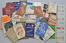 BOX LOT OF VINTAGE BOY SCOUT SMALL FORMAT PUBLICATIONS AND PAPER EPHEMERA