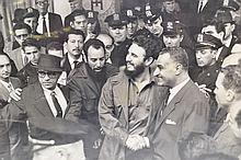 LIFE MAGAZINE PHOTOGRAPH OF FIDEL CASTRO SHAKING HANDS WITH EGYPT'S PRESIDENT NASSER
