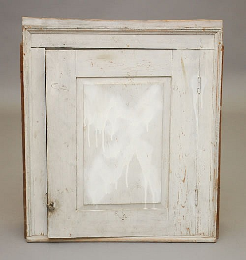 19TH CENT. PAINTED NEW ENGLAND CHIMNEY CUPBOARD