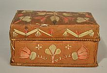19TH CENT. EASTERN WOODLANDS AMERICAN INDIAN QUILL EMBROIDERED BIRCH BARK GIFT BOX