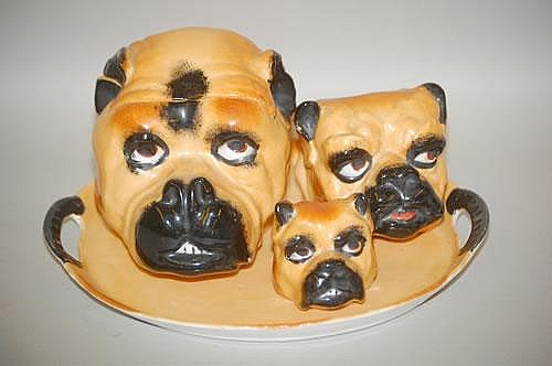 AUSTRIAN BULLDOG PORCELAIN SMOKING SET