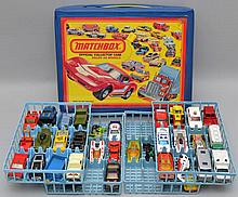 1980 MATCHBOX TOY CAR OFFICIAL COLLECTOR CASE WITH (36) MISC. MATCHBOX AND OTHER VEHICLES