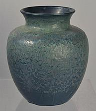 HAMPSHIRE POTTERY ARTS AND CRAFTS MATTE BLUE GLAZED ICE CHIP DECORATED VASE