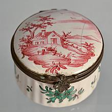CONTINENTAL FAIENCE PATCH BOX WITH LANDSCAPE DECORATIONS