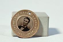 RARE 1860 ABRAHAM LINCOLN AND HANNIBAL HAMLIN POLITICAL CAMPAIGN DOUBLE FERROTYPE PHOTOGRAPH MEDAL