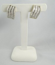 14Kt YG Ladies Diamond Earrings