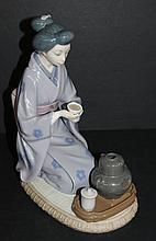 Lladro Porcelain Oriental Daisa Figure