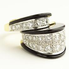 Italian Retro Approx. 2.0 Carat Diamond, Onyx 18 Karat Yellow Gold Ring. 10.8 pennyweights. Size 7. Shipping $26.00