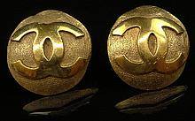 Pair Retro Chanel Logo Gold Tone Clip On Earrings. Signed on Back Chanel, Made In France 2,9. Good Condition. Measures 1-1/4 Inches Diameter. Domestic Shipping $28.00