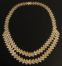Lady's Mid 20th Century Possibly French 18 Karat Yellow Gold Unusual Link Necklace. Unsigned. Good Condition. Measures 18 Inches Long. Approx. Weight: 41.75 Pennyweights. Shipping $34.00 (estimate $2,000-$3,000)