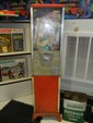 Oak 25 Cent Vending Machine with Base