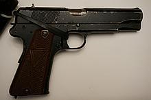 Vintage F.B. Radom VIS Model 35 9MM Semi-Automatic Pistol with Holster & 2 Clips WWII German Luftwaffe 77 Hallmarks