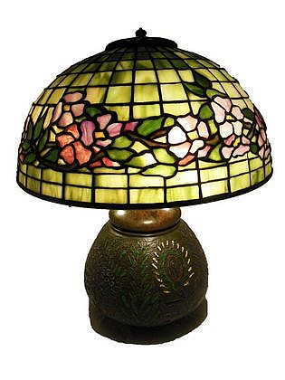 Tiffany Studios Leaded Glass Lamp Banded Dogwood Pattern