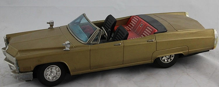 Bandai Battery Operated Gold Tin Cadllac Convertible
