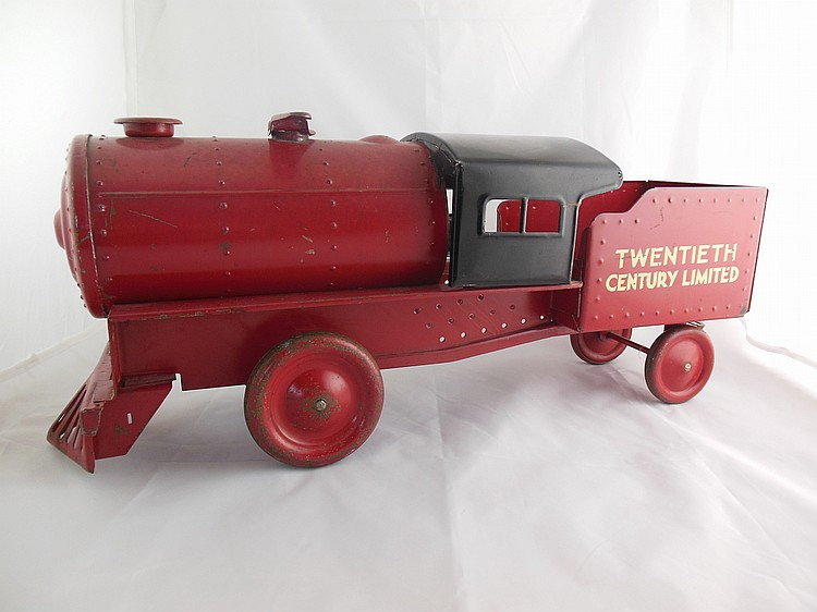 """Steelcraft """"Twentieth Century Limited"""" Sit-n-ride Locomotive"""