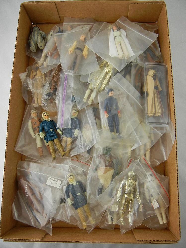 Lot of 35 Vintage Star Wars Action Figures