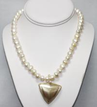 350CTW WHITE PEARL WITH CAPIZ NECKLACE