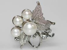 LUXURIOUS WHITE PEARL CZ BROOCH .925 STERLING SILVER