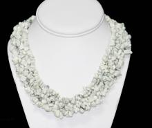 WHITE TURQUOISE CHIPPED STONE 802.00CTW COLAR NECKLACE