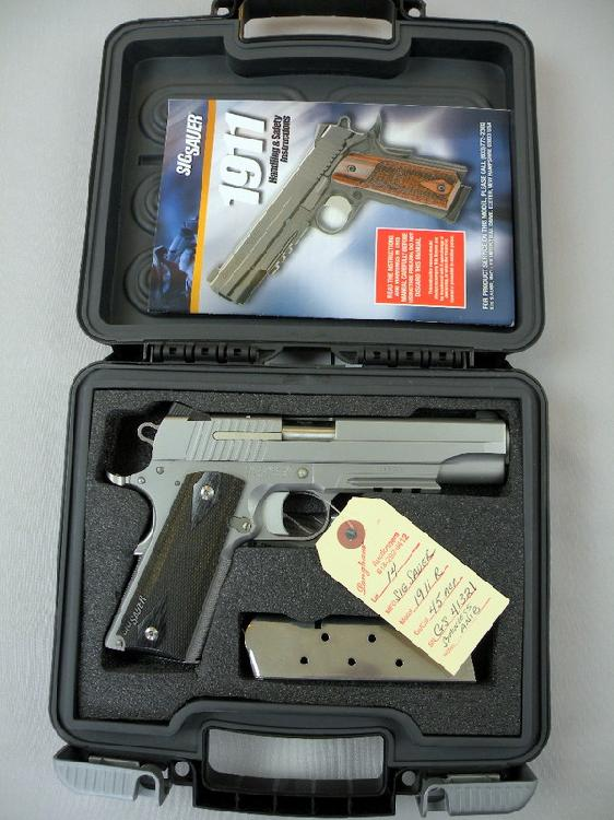 Sig Sauer Model 1911R 45ACP