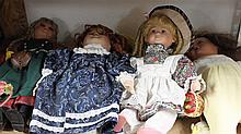 Lot of 4 artist dolls and 1 older doll , different versions