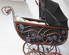 copied doll carriage of wood, good state, height approx. 90 cm,