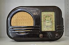 BAKELITE VALVE RADIO- ARISTONE
