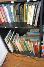 TWO SHELVES OF ASSORTED BOOKS INCL. IRISH TRADITIONS, THE BOOK OF PRIMROSES, AND RUSSIAN HAND PAINTED TRAYS
