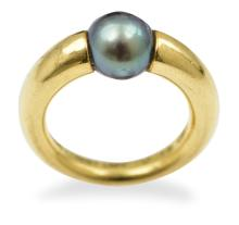 A TAHITIAN PEARL RING BY CARTIER