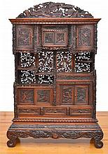 A LARGE CARVED CHINESE SIDE CABINET LATE 19TH/EARLY 20TH CENTURY