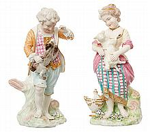 A PAIR OF DERBY 'FRENCH SHEPHERD' PORCELAIN FIGURES, CIRCA 1790