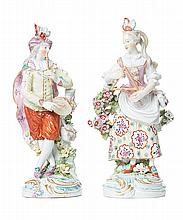 A PAIR OF DERBY PORCELAIN FIGURES OF MUSICIANS, CIRCA 1760-1765