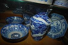 A PAIR OF CHINESE BLUE AND WHITE BOWLS, A PAIR OF BLUE AND WHITE DRAGON VASES, AND A PLATE