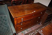 A THREE DRAWER CHEST OF DRAWERS, c. 1880, 123 x 80 x 63