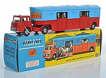 CORGI MAJOR PACK 1130 CHIPPERFIELD'S HORSE TRANSPORTER BEDFORD TK TRUCK COMPLETE WITH 6 GREY HORSES(COMPLETE WITH INDIVIDUAL PACKING..