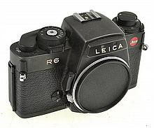 LEICA R6 NO. 1765382 WITH INSTRUCTIONS AND ER CASE, CONDITION: 5