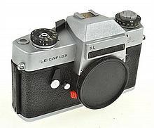 LEICAFLEX SL CAMERA NO. 12135522 (1969) WITH ER CASE, CONDITION: 5