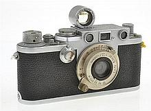LEICA IIIF NO. 657232 RED DIAL (1958) WITH ELMAR 3.5 LENS AND S BOO VIEWER, CONDITION: 7 (SHUTTER STICKING)