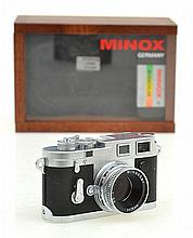 MINOX LEICA NO. 193-509278 MINOTAR 5.6 IN ORIGINAL WOODEN BOX WITH FILM, CONDITION 5