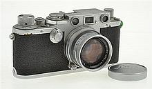 LEICA IIIF NO. 537551 RED DIAL (1951) WITH SUMMICRON 2.0 LENS AND LENS CAP, CONDITION: 6