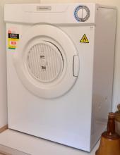 A FISHER & PAYKEL DRYER