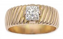 A SOLITAIRE DIAMOND RING
