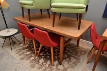 A 1960s DANISH OAK DINING TABLE