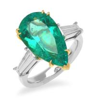 A FINE COLOMBIAN EMERALD AND DIAMOND RING