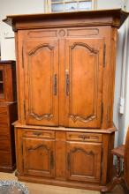 A FRENCH PROVINCIAL STYLE BOOKCASE CABINET (2.42m h X 1.63 w X .65m d)