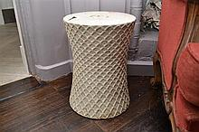 A CHINESE PORCELAIN LATTICE PATTERN DRUM STOOL