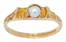 A PEARL RING BY LAPPONIA
